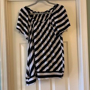 Tops - 🌞 3 for $15 Stripe shirt